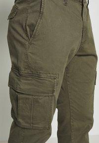 GAP - Cargo trousers - khaki - 4