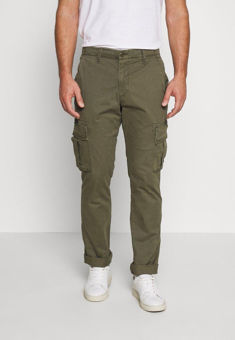 GAP - Cargo trousers - khaki