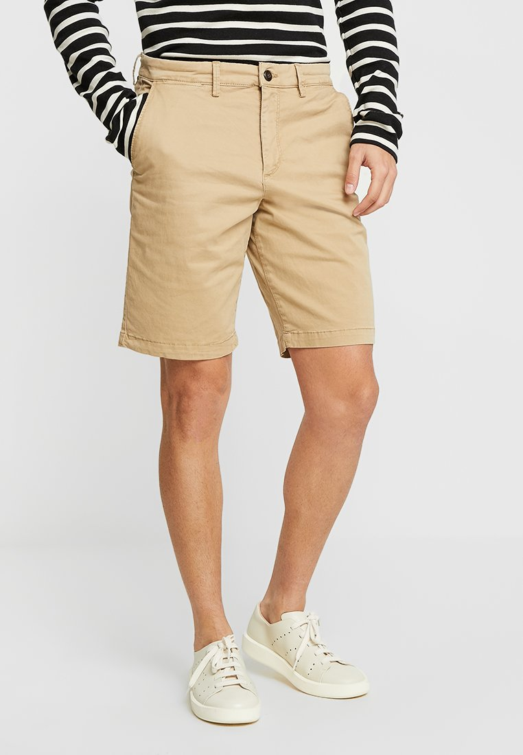 GAP - STRETCH SOLID LIVED - Short - mojave