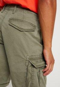 GAP - NEW - Cargo trousers - dark green - 5