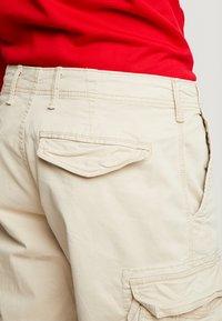 GAP - NEW - Cargo trousers - sand khaki - 3