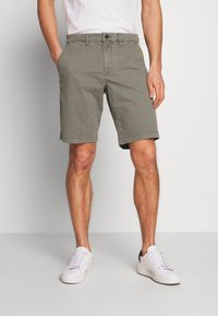 GAP - IN SOLID - Shorts - mesculen green - 0