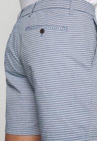GAP - CASUAL STRETCH FLEX - Shorts - blue - 4
