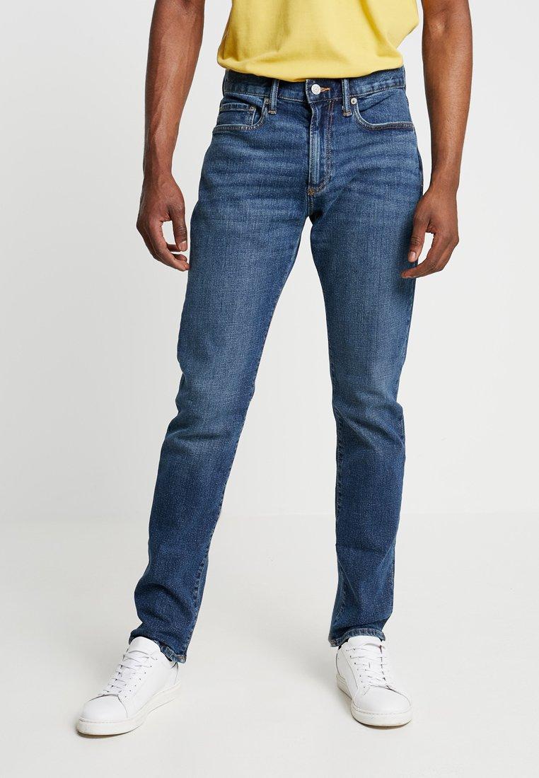 GAP - Slim fit jeans - medium indigo