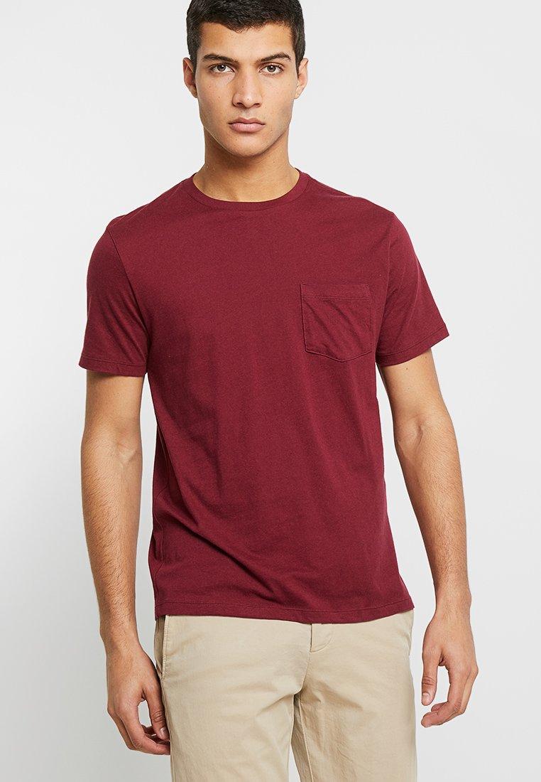 GAP - V-EVERYDAY - Camiseta básica - red delicious