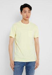 GAP - T-shirt basique - citron - 0