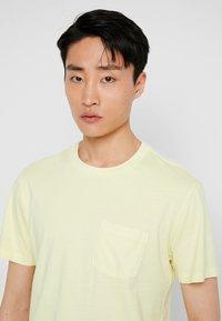 GAP - T-shirt basique - citron - 3