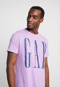 GAP - T-shirt print - admiral blue - 4
