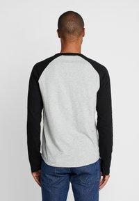 GAP - Long sleeved top - grey heather - 2