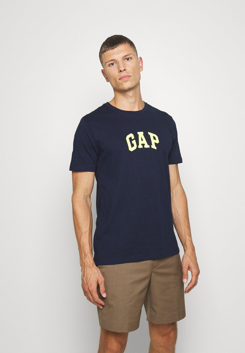 GAP - V-MINI ARCH LOGO - Print T-shirt - tapestry navy