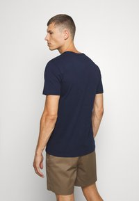 GAP - V-MINI ARCH LOGO - Print T-shirt - tapestry navy - 2