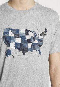 GAP - USA MAP - Print T-shirt - light heather grey - 4