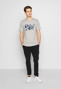 GAP - USA MAP - Print T-shirt - light heather grey - 1