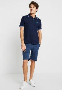 GAP - FRANCH - Polo shirt - tapestry navy - 1