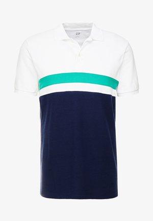 YOKE - Polo shirt - irish clover