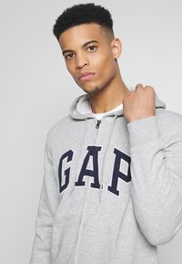 GAP - ARCH - Mikina na zip - light heather grey - 3