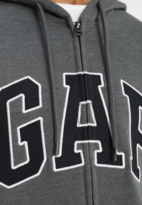 GAP - ARCH - Zip-up hoodie - charcoal grey - 5