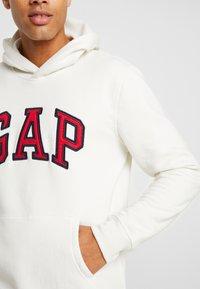 GAP - ARCH  - Sweat à capuche - carls stone - 5
