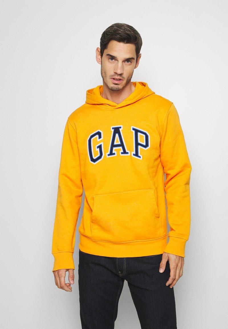 GAP - ARCH  - Sweat à capuche - zesty orange