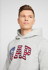 GAP - FLAG  - Sweat à capuche - grey heather - 3