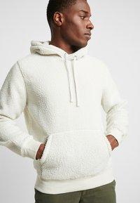 GAP - TEDDY - Hoodie - unbleached white - 5