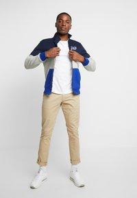 GAP - ARCH MOCK - Zip-up hoodie - light heather grey - 1