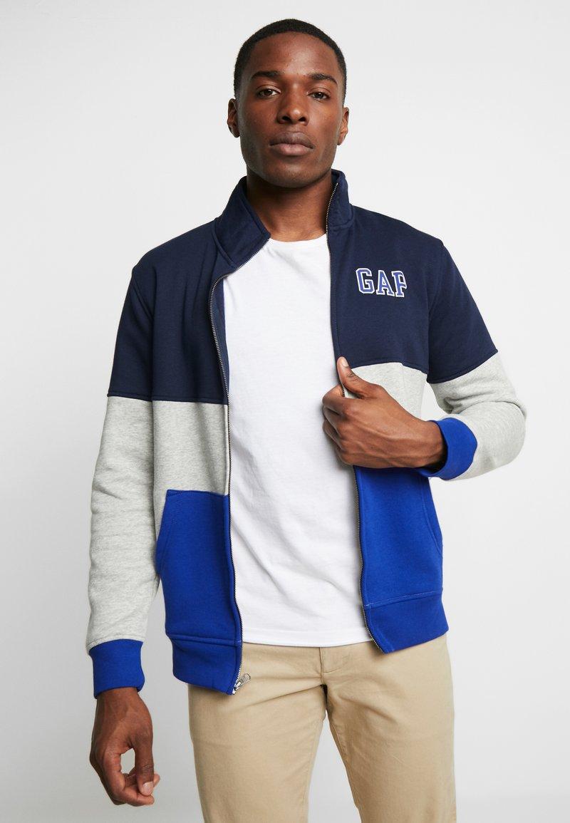 GAP - ARCH MOCK - Zip-up hoodie - light heather grey