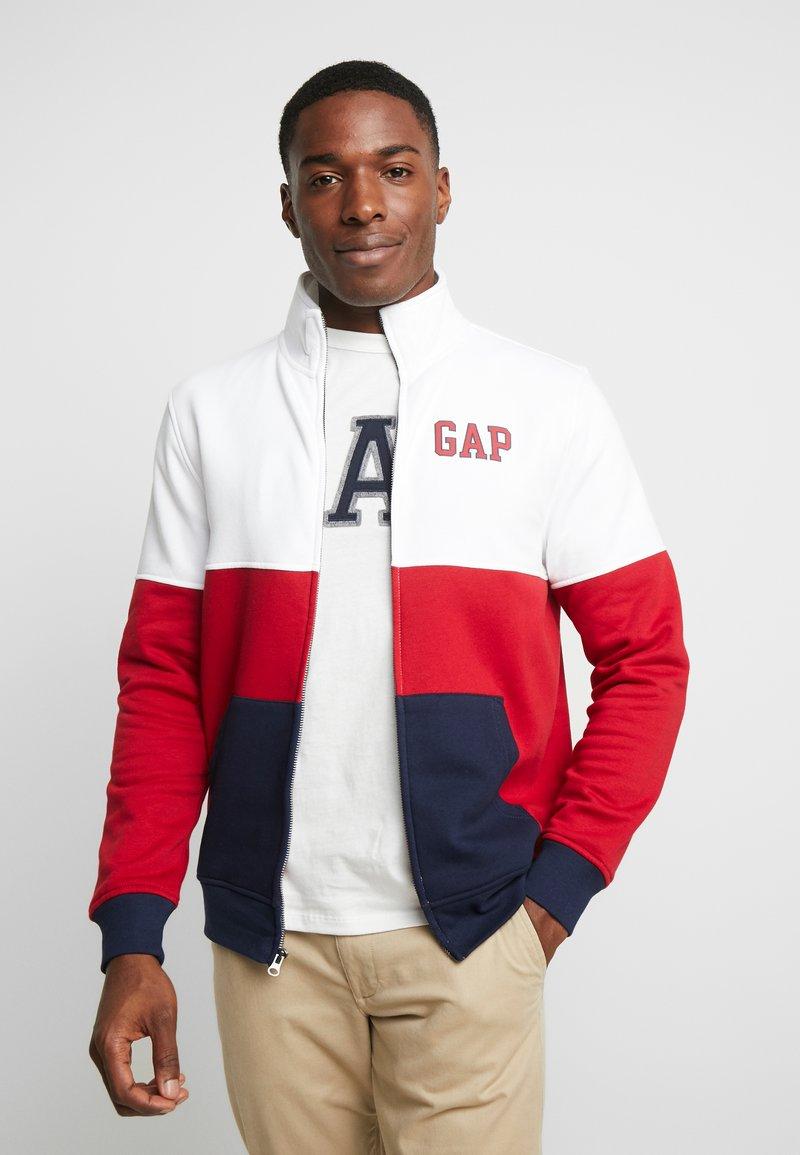 GAP - ARCH MOCK - Zip-up hoodie - lasalle red