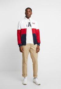 GAP - ARCH MOCK - Zip-up hoodie - lasalle red - 1