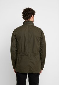 GAP - FATIGUE JACKET - Summer jacket - deep woods - 2