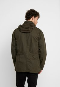 GAP - FATIGUE JACKET - Summer jacket - deep woods - 3