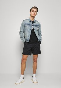GAP - ICON  - Kurtka jeansowa - light blue denim - 1