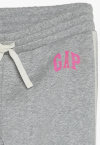 GAP - GIRL LOGO JOGGER - Tracksuit bottoms - light heather grey - 4