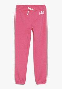 GAP - GIRL LOGO JOGGER - Teplákové kalhoty - pink jubilee - 0
