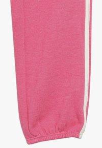 GAP - GIRL LOGO JOGGER - Teplákové kalhoty - pink jubilee - 2