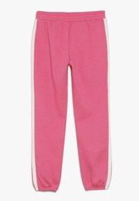 GAP - GIRL LOGO JOGGER - Teplákové kalhoty - pink jubilee - 1