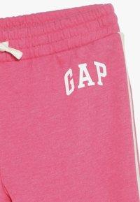 GAP - GIRL LOGO JOGGER - Teplákové kalhoty - pink jubilee - 4