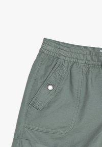 GAP - GIRLS BOTTOMS CARGO - Shorts - sage - 3