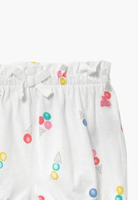 GAP - Shorts - white - 3
