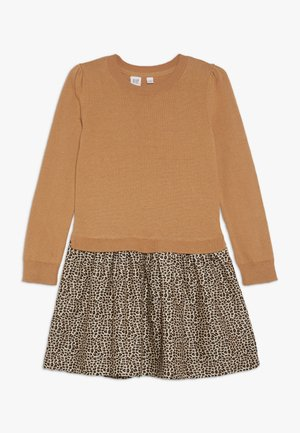 GIRL LEO - Pletené šaty - deerfield