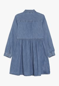 GAP - GIRL - Vestito di jeans - medium indigo - 1
