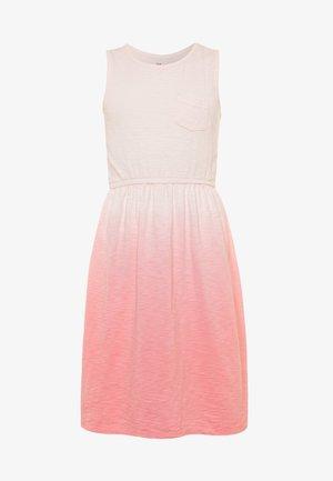 GIRL  - Vestido ligero - pink