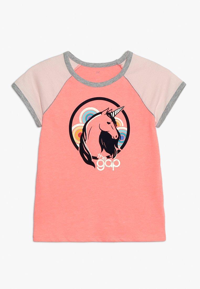 GAP - GIRLS  - T-shirt med print - neon coral volt