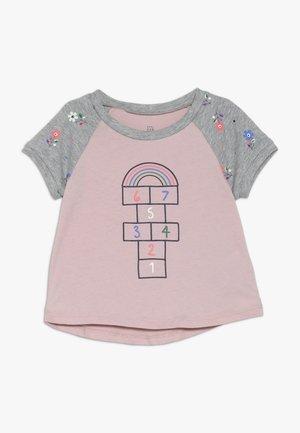 TODDLER GIRL  - T-shirt med print - pink standard