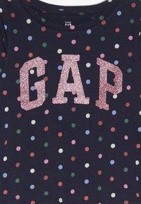 GAP - TODDLER GIRL LOGO  - Maglietta a manica lunga - navy uniform - 3