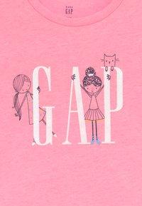 GAP - TODDLER GIRLS - T-shirt con stampa - neon impulsive pink - 3
