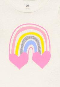 GAP - TODDLER GIRLS - T-shirt imprimé - rainbows - 3