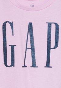 GAP - TODDLER GIRL LOGO  - Triko spotiskem - lavender pink - 3