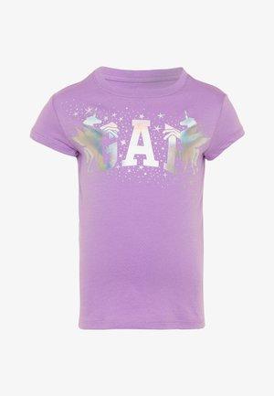 GIRL  - T-shirt med print - petal