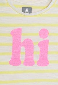 GAP - TODDLER GIRL - T-shirt print - yellow - 2
